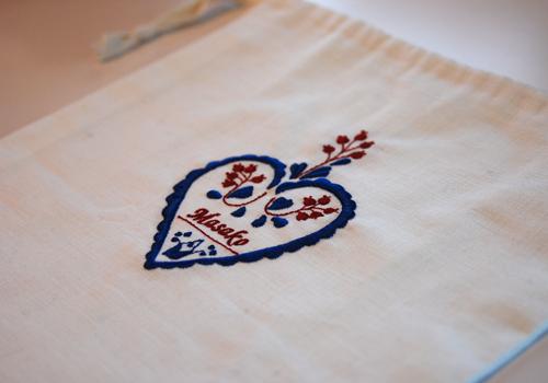 東欧の刺繍